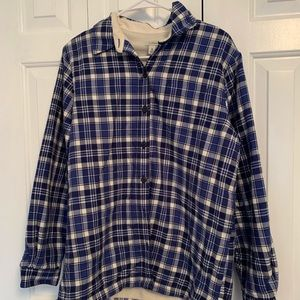 L.L.BEANS BLUE AND WHITE FLEECE LINED FLANNEL